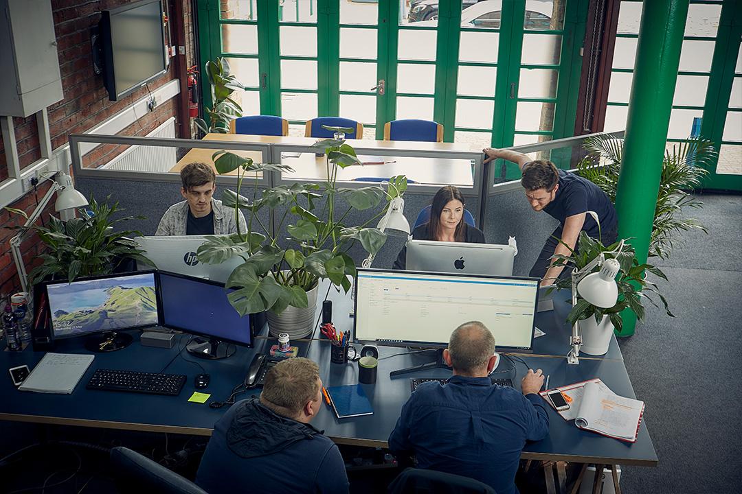 Arkom development team